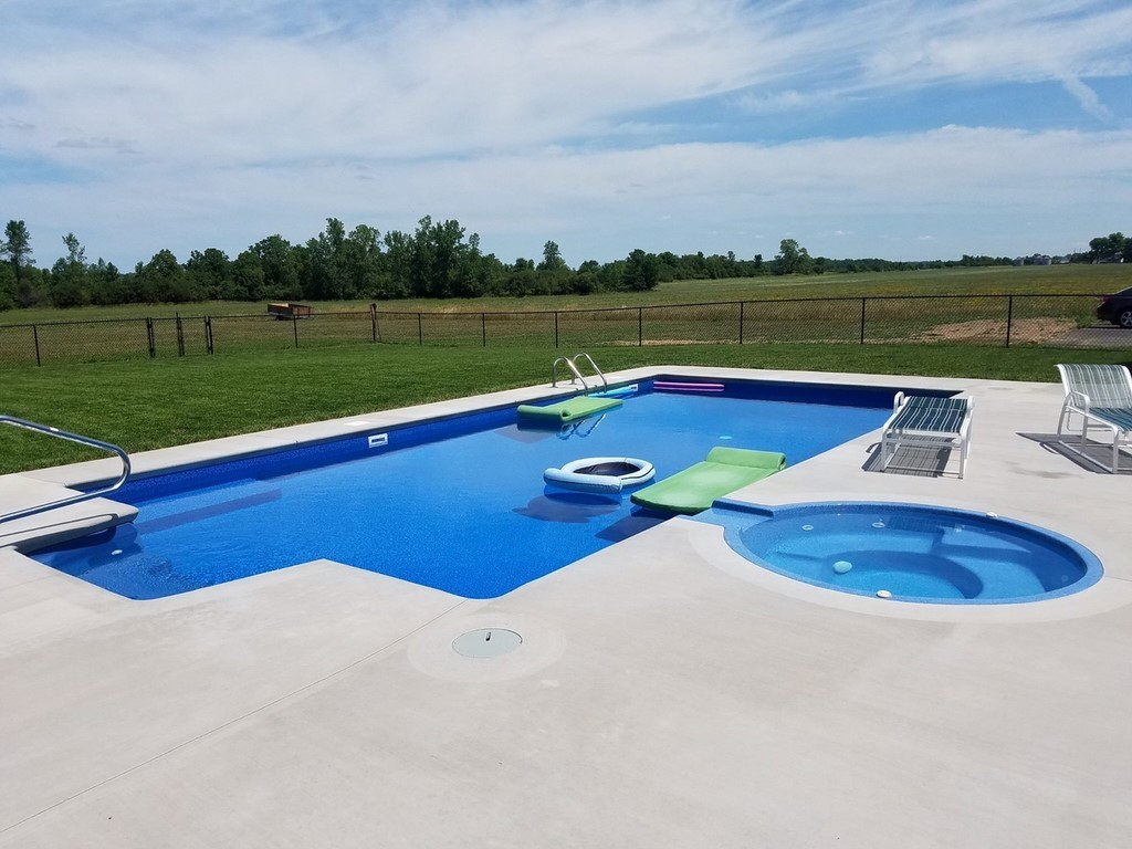 Concrete Pool Decks-Broward Custom Concrete Solutions-We offer custom concrete solutions including Polished concrete, Stained concrete, Epoxy Floor, Sealed concrete, Stamped concrete, Concrete overlay, Concrete countertops, Concrete summer kitchens, Driveway repairs, Concrete pool water falls, and more